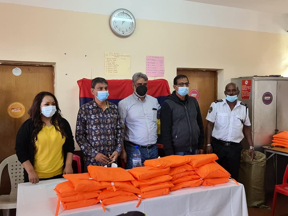 Le Part time Attorney general Maneesh Gobin, la ministre Kalpana Koonjoo Shah et le PPS Daliah ainsi que l'incontournable Sudheer Maudhoo