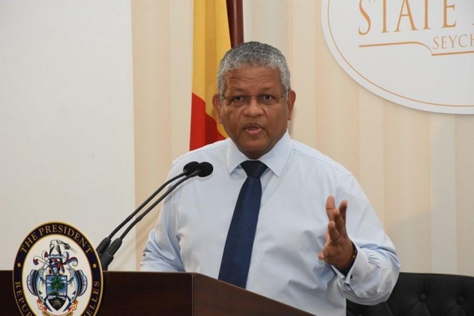 Le président seychellois Wavel Ramkalawan : «Nou parlement pli civilisé ki Maurice»