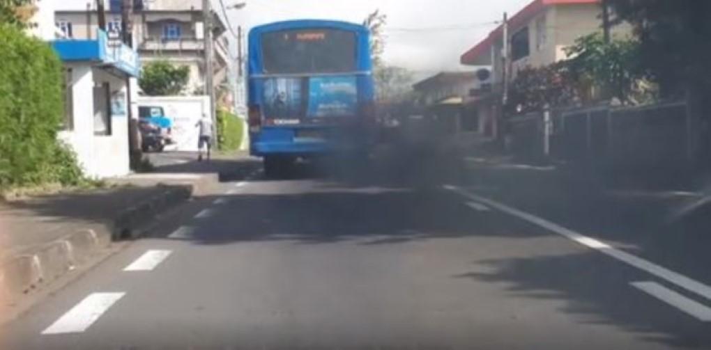 Haro sur les véhicules fumigènes