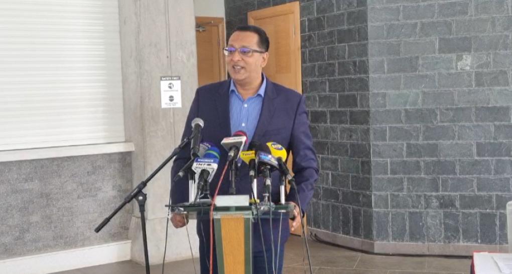 [Vidéo] Roshi Badhain révèle qu'un « complot » est tramé par un chef de la Mafia, autoproclamé conseiller du Premier ministre