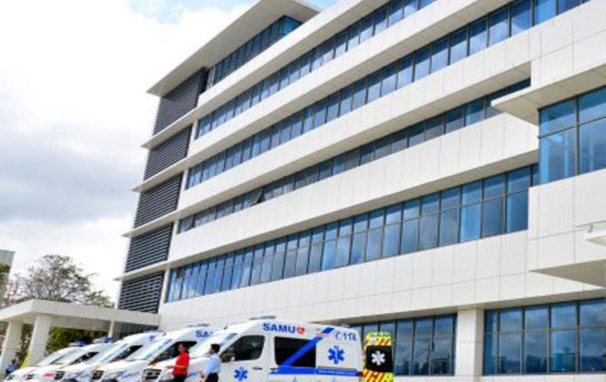 Hôpital Victoria à Candos : Culotté, il gifle le policier