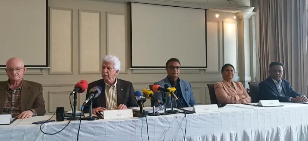 Bérenger : « Roshi a raison… C'est Lakwizinn Airways »