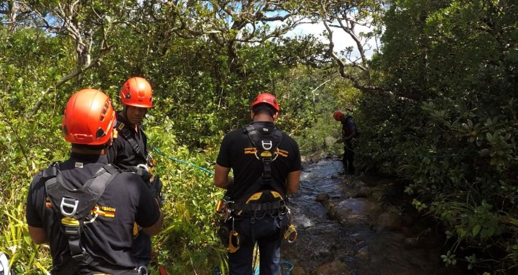Drame à Sept Cascades : Le corps d'un adolescent de 17 ans repêché dans un bassin