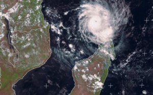 Mayotte et Madagascar sous la menace du cyclone tropical Belna