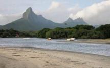 La Baie de Tamarin et les Salines
