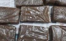 Opération de l'ADSU :haschisch valant Rs 6,3 millions et Rs 1,7 million de cash saisis à Sodnac