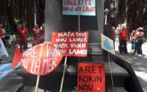 [Diaporama] « Notre océan n'est pas à vendre »