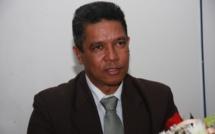 Le leader du Mouvement Rodriguais réclame la démission du chef commissaire et de l'Island Chief Executive.