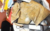 Trafic d'héroïne : 110 kg saisis sur un bateau à Maurice et  21,93 kilos d'héroïne à l'aéroport de Mada