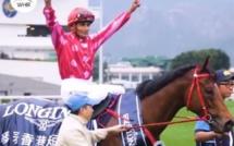 [Vidéo] Le jockey mauricien Karis Teetan remporte un Groupe 1 à Hong Kong !