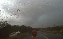 [Vidéo] Perte de contrôle et aquaplaning sur la route de Curepipe