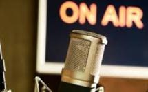 Les trois radios privées font cause commune contre le changement de fréquences