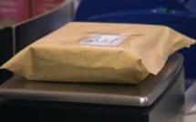 Parcel Post Office : Saisie d'un sachet de Crystal Meth de Rs 60 000 adressé à un Français