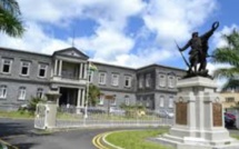 Le collège Royal de Curepipe lance la « Royal E-Card »