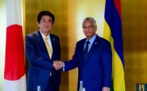 Le Japon fait un don de Rs 100 millions à Maurice pour l'achat de six bateaux vedettes