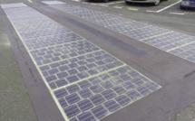 Rodrigue île durable : Des routes solaires à l'entrée de Port Mathurin