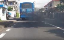 ▶️ Le bon air frais du matin... avec les autobus fumigènes