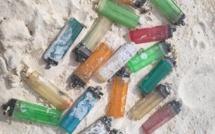 Sur la plage de Belle-Mare sur moins de 100 mètres, 20 briquets ramassés
