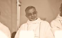 Le père Jean-Maurice Labour posté à Rodrigues