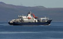 Au large de Flic-en-Flac : fuite d'huile du navire battant pavillon français, le RV Marion Dufresne