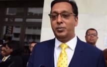 L'Electoral Supervisory Commission et le bureau du Commissaire électoral objectent à la demande de révision judiciaire de Rosh Badhain au Privy Council