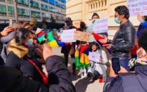 Manifestation de la Diaspora mauricienne devant les locaux de l'Ambassade de l'Inde à Paris