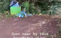 [Vidéo] Poubelle pleine, cascade de déchets sur le site du Morne, patrimoine mondial de l'Uneso