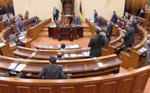 Pas de Question Time ni de Private Notice Question, le Parlement est tout simplement fermé